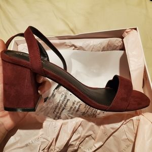 Just Fab Burgundy Block Heel Sandal